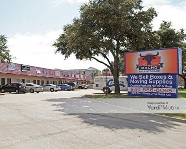 Storage Units for Rent available at 525 Ft. Worth Drive, Denton, TX 76201 Photo Gallery 1