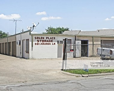 Storage Units for Rent available at 301 Amanda Lane, Waxahachie, TX 75165 Photo Gallery 1
