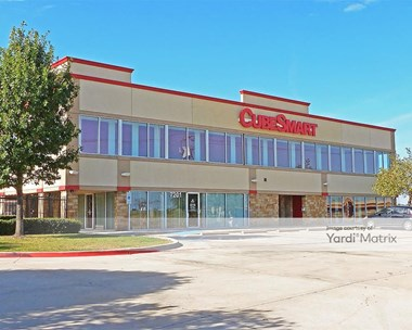 Storage Units for Rent available at 7201 North Fwy, Fort Worth, TX 76131 Photo Gallery 1