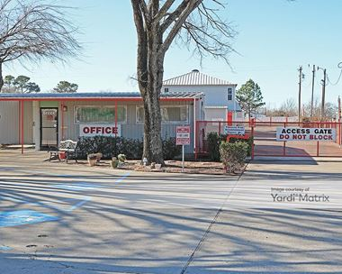Storage Units for Rent available at 2121 South Burleson Blvd, Burleson, TX 76028 Photo Gallery 1