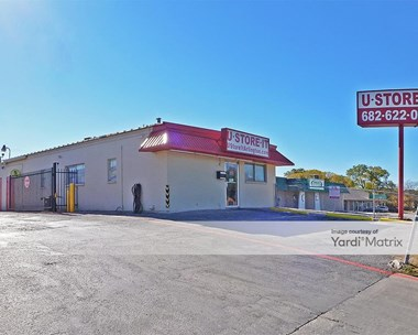 Storage Units for Rent available at 3208 East Park Row Drive, Arlington, TX 76010 Photo Gallery 1