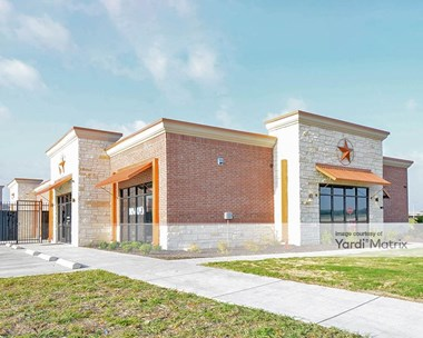 Storage Units for Rent available at 264 North State Highway 360, Mansfield, TX 76063 Photo Gallery 1
