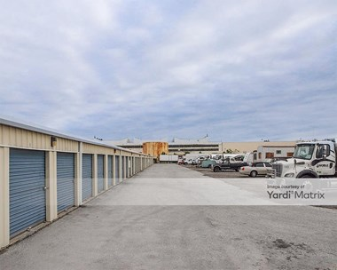 Storage Units for Rent available at 3000 Eastern Blvd, Baltimore, MD 21220 Photo Gallery 1
