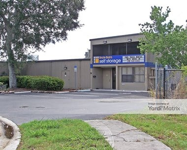 Storage Units for Rent available at 3828 Seago Lane, Fort Myers, FL 33901 Photo Gallery 1