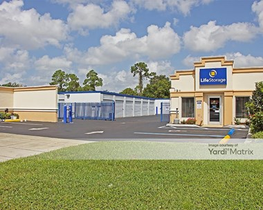 Storage Units for Rent available at 4029 Bee Ridge Road, Sarasota, FL 34233 Photo Gallery 1