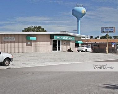 Storage Units for Rent available at 124 Warfield Avenue, Venice, FL 34285 Photo Gallery 1