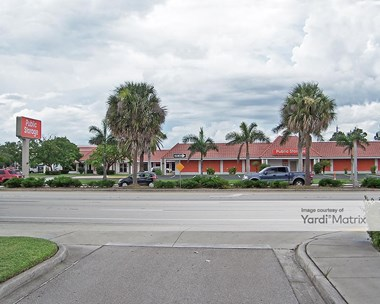 Storage Units for Rent available at 2235 Colonial Blvd, Fort Myers, FL 33907 Photo Gallery 1