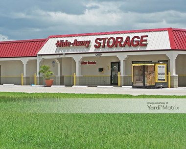 Storage Units for Rent available at 12859 Mcgregor Blvd, Fort Myers, FL 33919 Photo Gallery 1