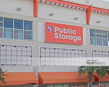 Storage Units for Rent available at 11501 Biscayne Blvd, Miami, FL 33181 Photo Gallery 1