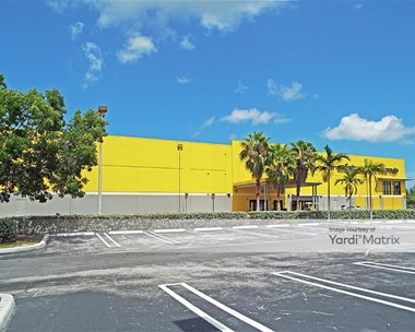 Storage Units for Rent available at 16701 Park Centre Blvd, Miami, FL 33169 Photo Gallery 1