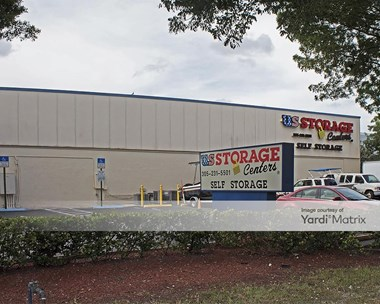 Storage Units for Rent available at 3975 West 16Th Avenue, Hialeah, FL 33012 Photo Gallery 1