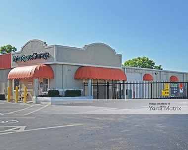 Storage Units for Rent available at 571 Airport Pulling Road North, Naples, FL 34104 Photo Gallery 1
