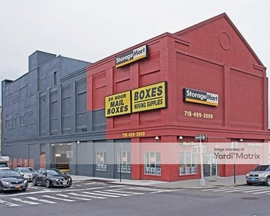 Storage Units for Rent available at 980 4Th Avenue, Brooklyn, NY 11232 Photo Gallery 1