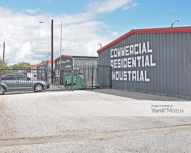 Storage Units for Rent available at 2038 North Coria Street, Brownsville, TX 78520 Photo Gallery 1