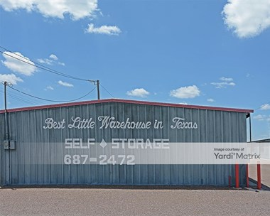 Storage Units for Rent available at 2409 Quamasia Avenue, Mcallen, TX 78504 Photo Gallery 1