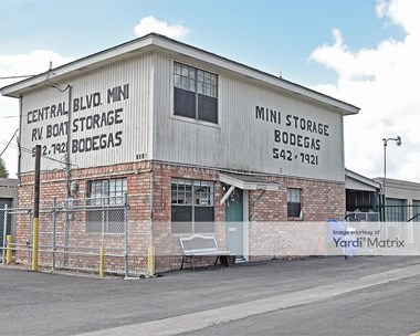 Storage Units for Rent available at 2315 Central Blvd, Brownsville, TX 78520 Photo Gallery 1