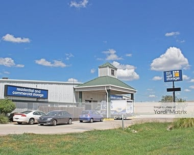Storage Units for Rent available at 2216 South Interstate 35, San Marcos, TX 78666 Photo Gallery 1