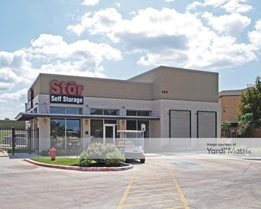 Storage Units for Rent available at 2211 South Lakeline Blvd, Austin, TX 78613 Photo Gallery 1