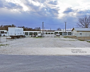 Storage Units for Rent available at 1614 Granger Road, Taylor, TX 76574 Photo Gallery 1