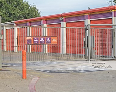 Storage Units for Rent available at 406 South Plano Road, Garland, TX 75042 Photo Gallery 1