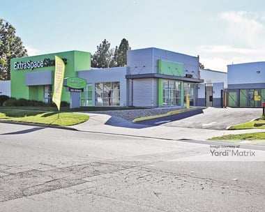 Storage Units for Rent available at 4031 Lakeside Drive, Richmond, CA 94806 Photo Gallery 1