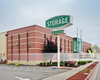 Storage Units for Rent available at 300 Market Street, Oakland, CA 94607 Photo Gallery 1