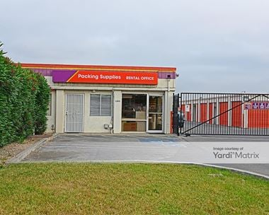 Storage Units for Rent available at 1395 Mabury Road, San Jose, CA 95133 Photo Gallery 1