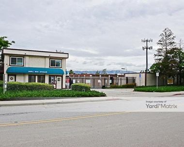 Storage Units for Rent available at 3616 Hillcap Avenue, San Jose, CA 95136 Photo Gallery 1