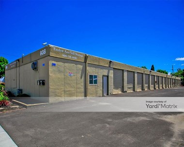 Storage Units for Rent available at 938 West Evelyn Avenue, Sunnyvale, CA 94086 Photo Gallery 1