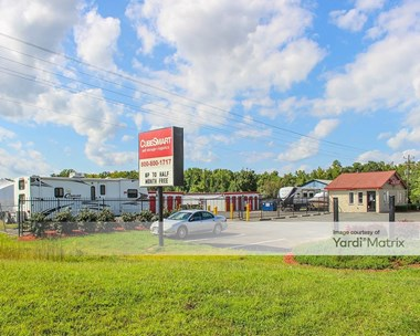Storage Units for Rent available at 8716 Jefferson Davis Hwy, Fredericksburg, VA 22407 Photo Gallery 1