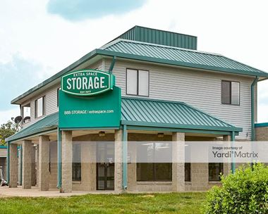 Storage Units for Rent available at 45925 Woodland Road, Sterling, VA 20166 Photo Gallery 1