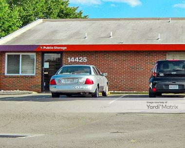 Storage Units for Rent available at 14425 Lee Hwy, Gainesville, VA 20155 Photo Gallery 1