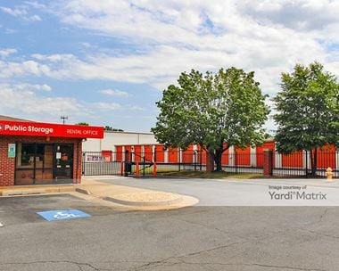 Storage Units for Rent available at 13887 Smoketown Road, Woodbridge, VA 22192 Photo Gallery 1