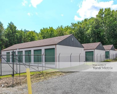 Storage Units for Rent available at 304 Central Road, Fredericksburg, VA 22401 Photo Gallery 1
