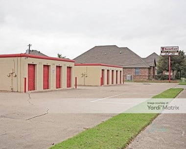 Storage Units for Rent available at 1320 Norwood Drive, Bedford, TX 76022 Photo Gallery 1