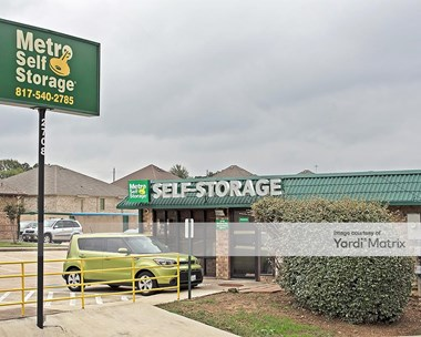 Storage Units for Rent available at 2708 Bedford Road, Bedford, TX 76021 Photo Gallery 1