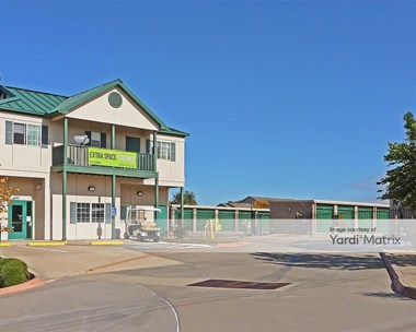 Storage Units for Rent available at 701 East Mid Cities Blvd, Euless, TX 76039 Photo Gallery 1