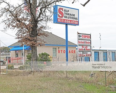 Storage Units for Rent available at 2032 West FM 917, Joshua, TX 76058 Photo Gallery 1