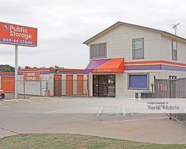 Storage Units for Rent available at 1147 West Hurst Blvd, Hurst, TX 76053 Photo Gallery 1