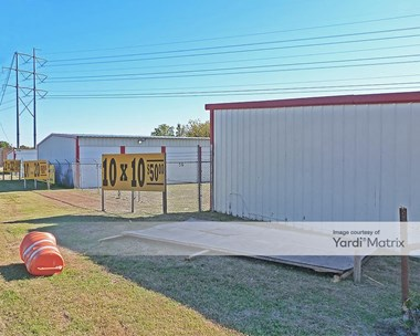 Storage Units for Rent available at 11700 Jacksboro Hwy, Fort Worth, TX 76135 Photo Gallery 1