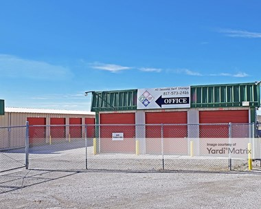 Storage Units for Rent available at 1400 Weatherford Hwy, Granbury, TX 76048 Photo Gallery 1