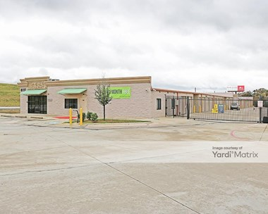 Storage Units for Rent available at 8111 US 287 Frontage Road, Arlington, TX 76001 Photo Gallery 1