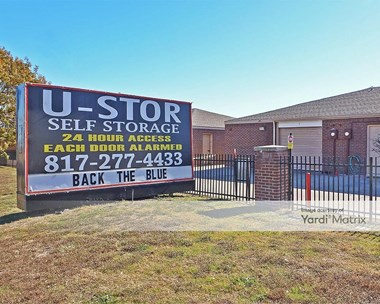 Storage Units for Rent available at 1720 East Pioneer Pkwy, Arlington, TX 76010 Photo Gallery 1