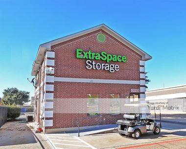 Storage Units for Rent available at 1712 West Randol Mill Road, Arlington, TX 76012 Photo Gallery 1
