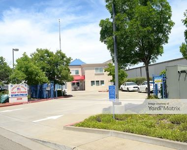 Storage Units for Rent available at 2935 Ramona Avenue, Sacramento, CA 95826 Photo Gallery 1