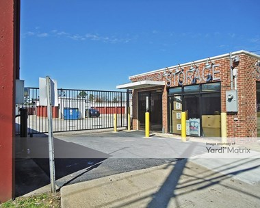 Storage Units for Rent available at 165 Walker Street SW, Atlanta, GA 30313 Photo Gallery 1
