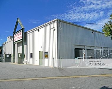Storage Units for Rent available at 1576 Davis Avenue, East Point, GA 30344 Photo Gallery 1