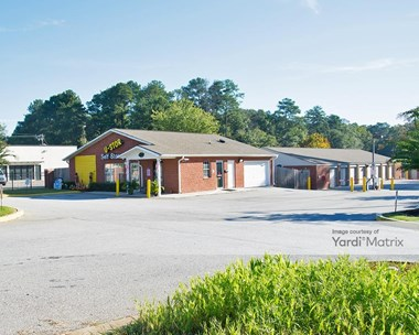 Storage Units for Rent available at 6794 Highway 85, Riverdale, GA 30274 Photo Gallery 1