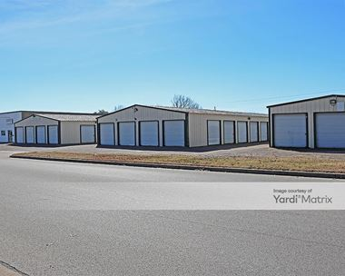 Storage Units for Rent available at 239 NW Newton Drive, Burleson, TX 76028 Photo Gallery 1