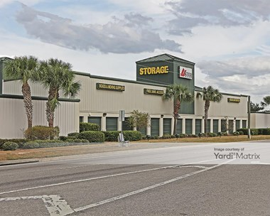 Storage Units for Rent available at 7215 Ridge Road, Port Richey, FL 34668 Photo Gallery 1